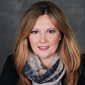 Photo Headshot of Lucia Milica