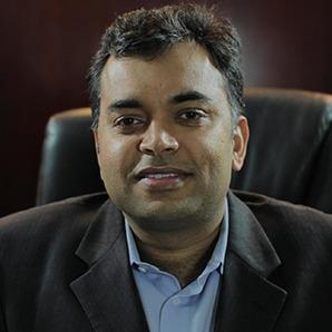 Photo Headshot of Sachin Nayyar